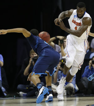 Gators win their 29th straight, down UCLA 79-68