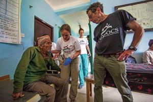 Santa Fe medic leads rescue team in quake-stricken Nepal