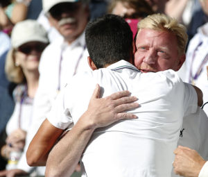 Djokovic tops Federer in Wimbledon final