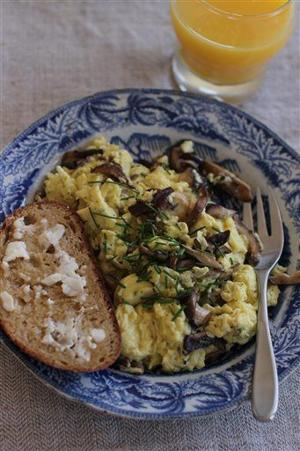 Scrambled eggs Mom's way