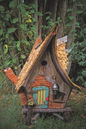 Crooked Creations Birdhouse
