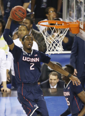 Role players key UConn's 63-53 win over Florida