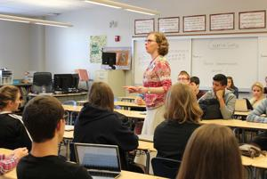 Blind teacher inspires students to overcome challenges