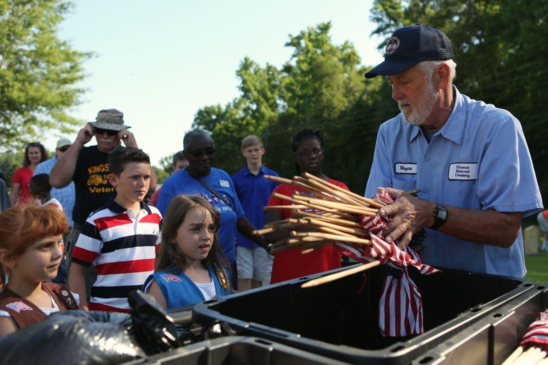 Volunteers Plant Flags at Salisbury National Cemetery to Honor Veterans