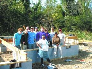 Darlington volunteers for work on Habitat house