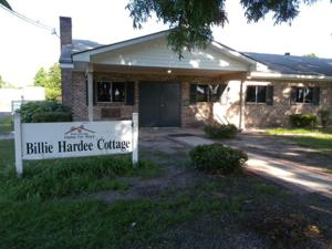 Billie Hardee Home cottage