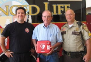 Le Sueur County Sheriff's Office receives donation of defibrillator