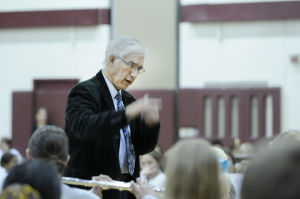 Roger Jenni conducting