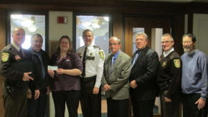 Le  Sueur County Sheriff's Youth Project donates to the Ney Nature Center