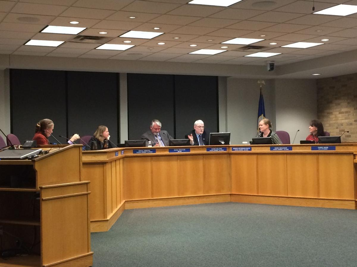 Northfield council vote on new administrator contract ...