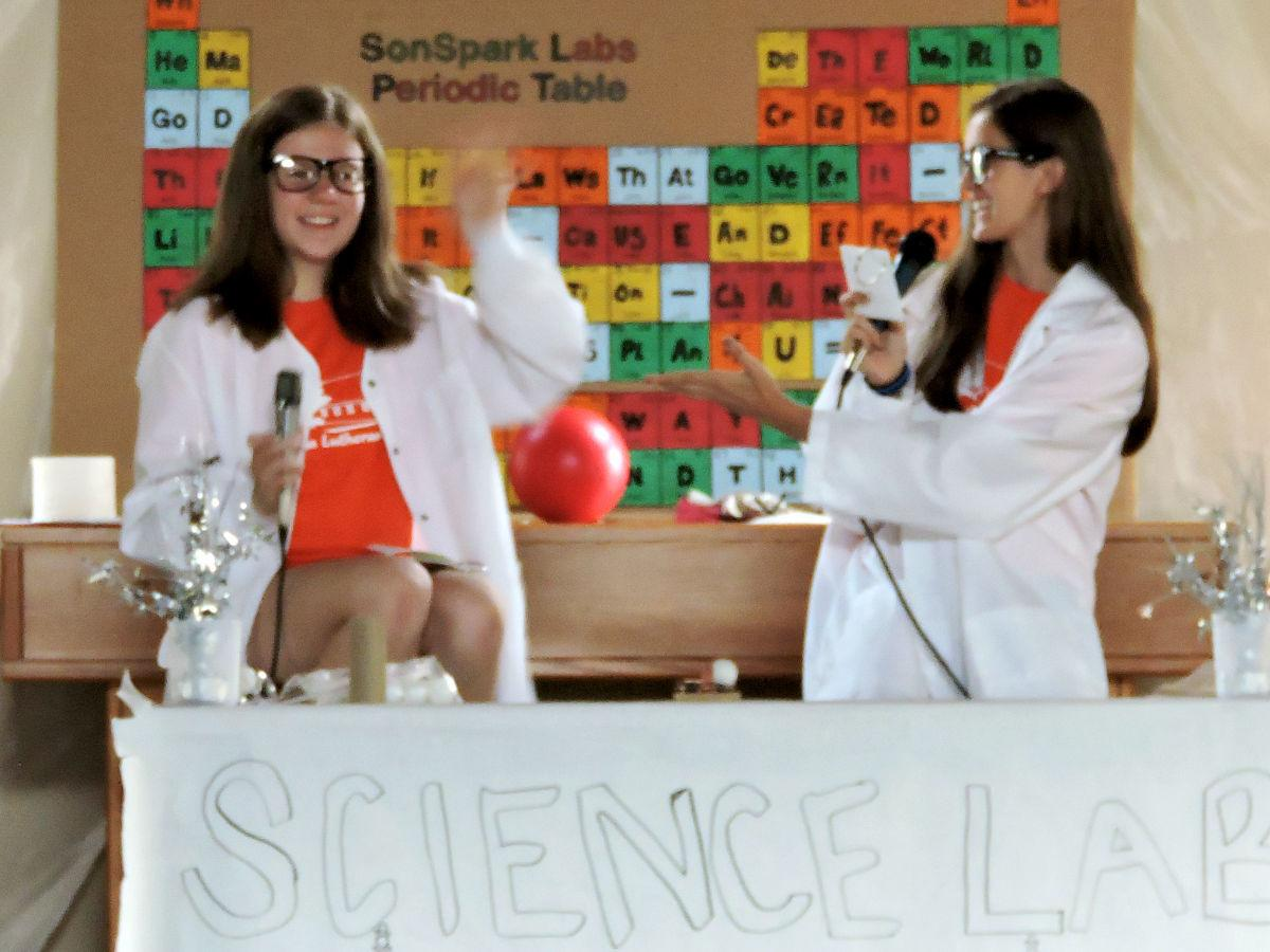 Young Scientists Learn Gods Plan At Vacation Bible