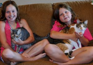 Waseca sisters donate to Waseca Animal Humane Society