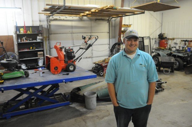 Lifelong faribault resident opens small engine repair shop for Small motor repair shop