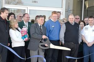 Owatonna Motor Company Holds Ribbon Cutting Ceremony For New Express Lube Shop Owatonna Mn News