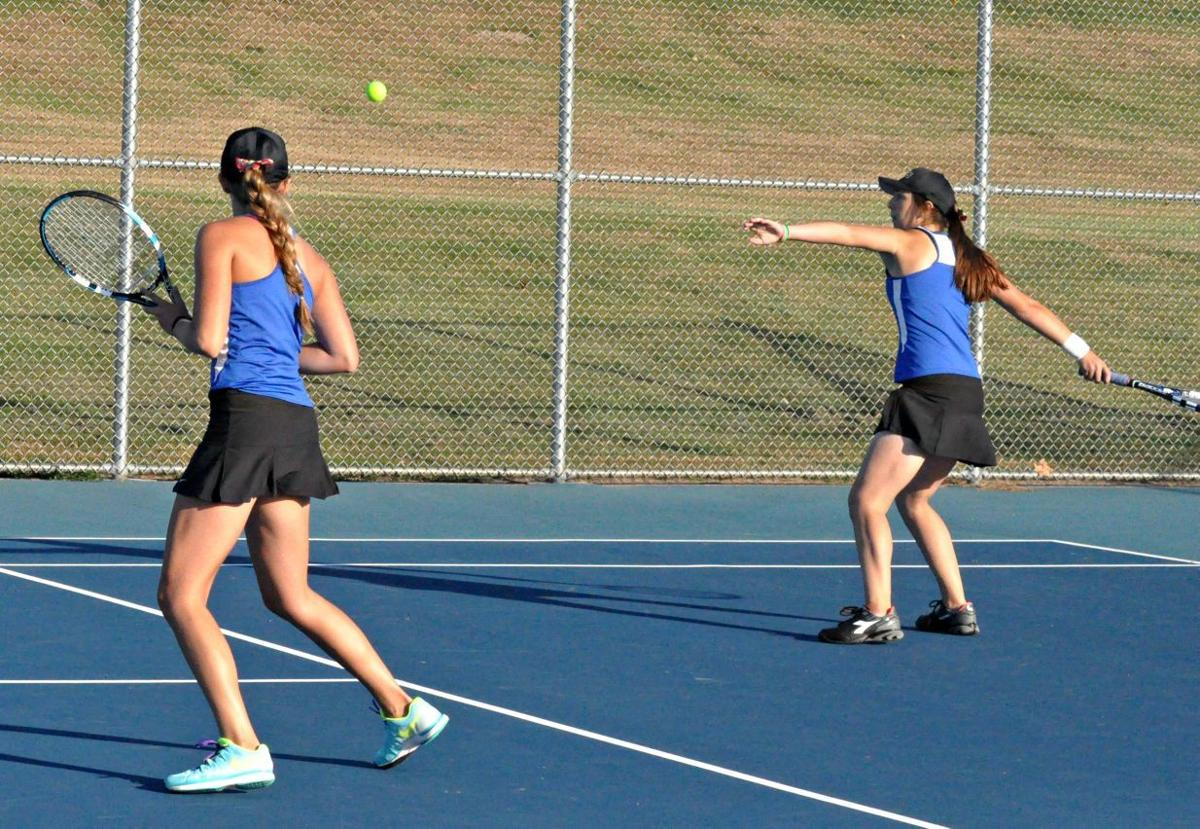match & flirt with singles in le sueur A quartet of le sueur-henderson tennis players — (from l to r) erica gronk, kylie dunning, greta nesbit and acy adamzak — chat prior to their true-second doubles match monday in the section 2a tennis tournament.