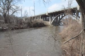 Straight River under the viaduct in Faribault