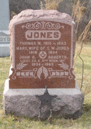 Roberts Grave.jpg