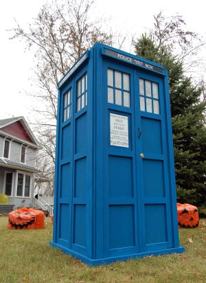 The Kenyon TARDIS on Gunderson Blvd.