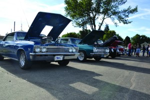 Blooming Prairie Chamber Event Brings Classic Cars Trucks Tractors To Downtown Blooming Mn