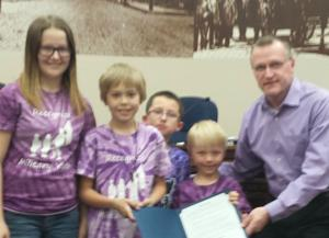 Mayor presents proclamation declaring April Month of the Military Child