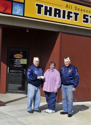 VFW Post 141 donates to Kenyon Food Shelf