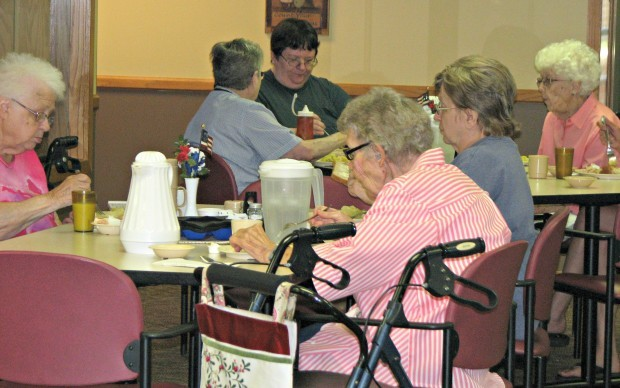 le sueur senior singles Le sueur is conveniently located halfway between mankato and the twin cities, just off highway 169 st we are a mixture of singles and couples.