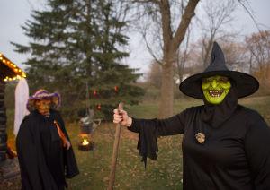 Creepy witches