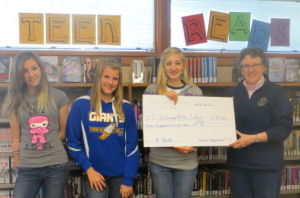Sharon Progressives 4-H club donates to the Le Sueur library