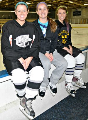 Girls hockey tri-captains