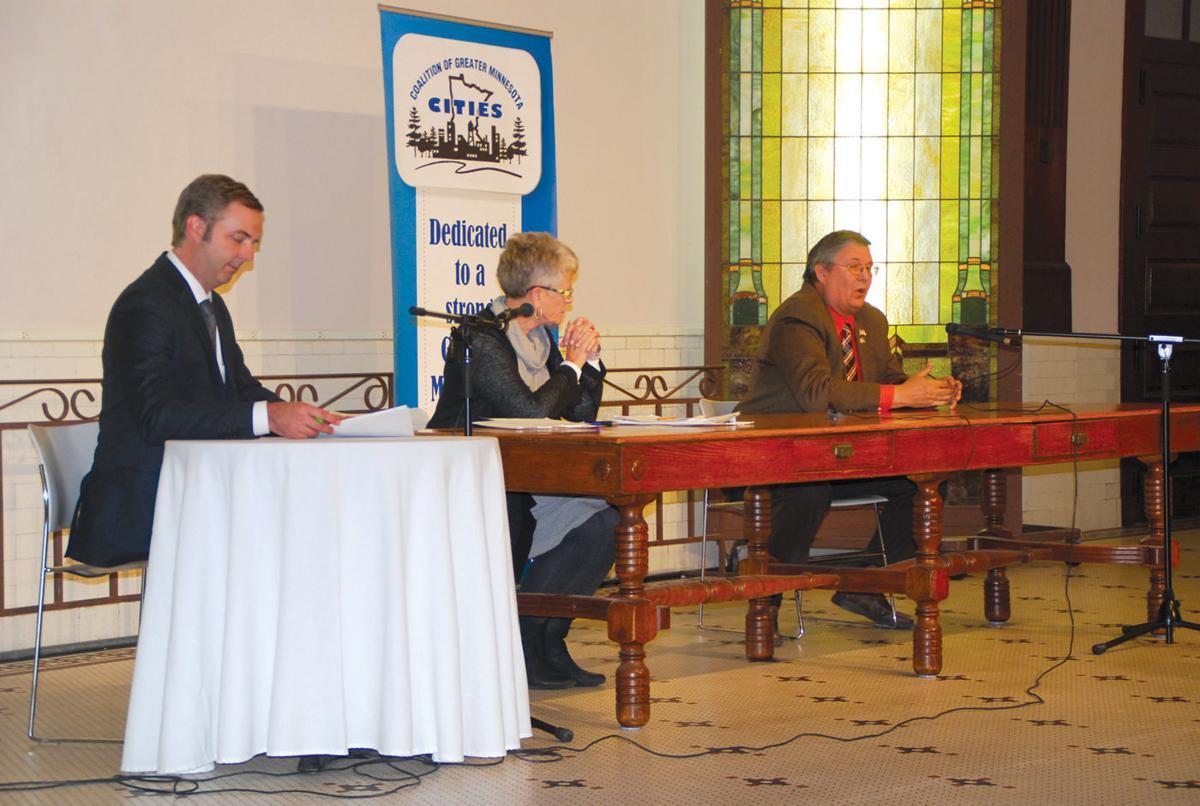 Cashman, Petersburg make case at candidate forum