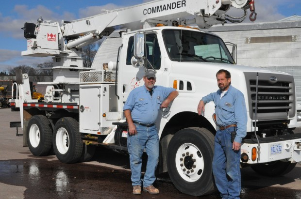 Electrical linemen heading to east coast