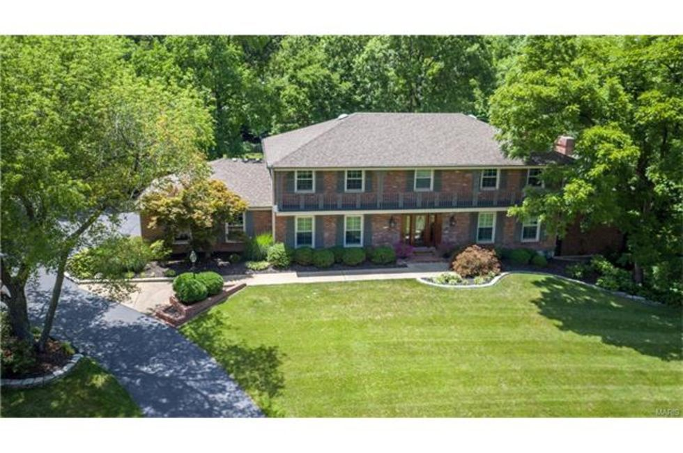 6 Bedroom Home in St Louis    975 000. 39 Most Expensive Homes for Sale in the St  Louis Area   Home and