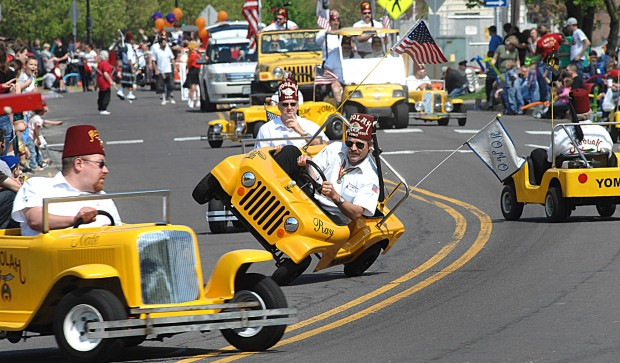 Photos Shriners On Parade In St Charles Suburban
