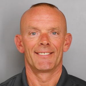 Hunt for 3 suspects in Illinois officer's slaying continues