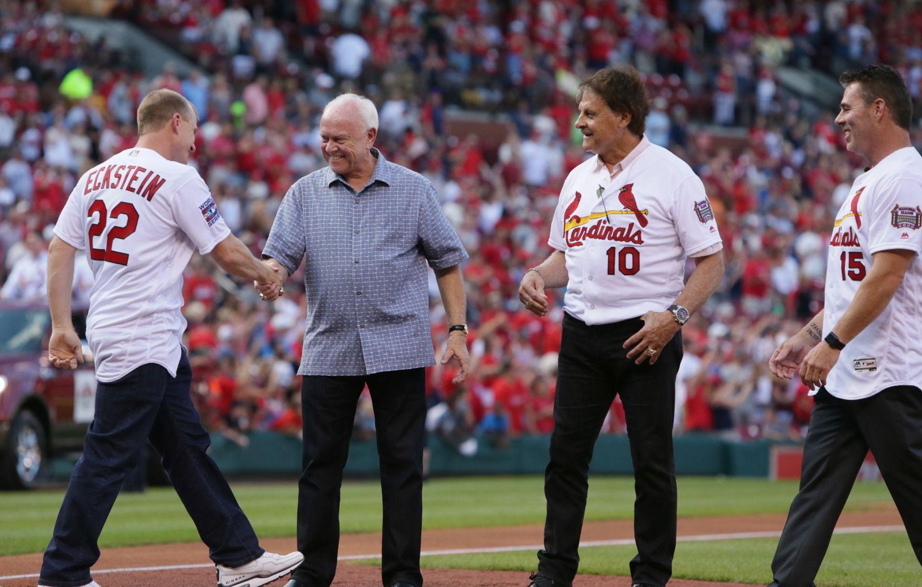 At Busch reunion, players recall barely making playoffs, then winning World Series