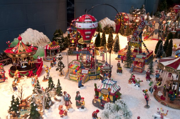 Christmas Comes Alive In Couple S Snow Village Suburban