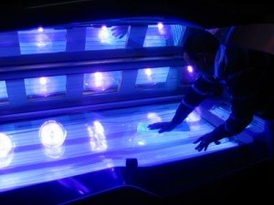 tanning should be banned for teens Artificial tanning beds greatly increase the risk of skin cancers and should be banned for teens, a leading group of pediatricians says most people get 25 percent of their lifetime sun exposure before age 18.
