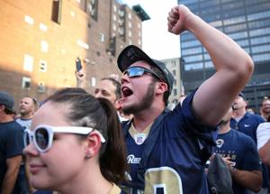 Rally for new NFL stadium draws crowd before Rams game