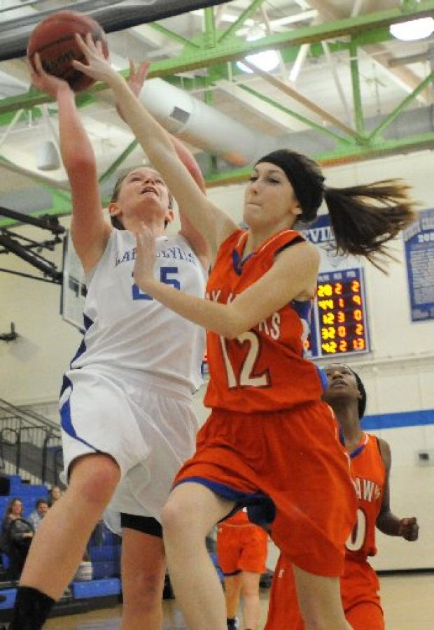 Mann 39 S Free Throws Lift Valley Park To Thrilling Win Over Maplewood Rh Stlhss