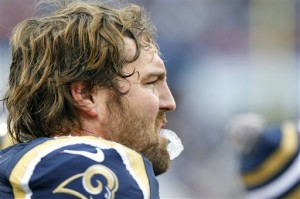 Rams guard Dahl will miss time with knee injury