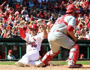 Kozma steps in for Wong at second in Cards' series finale