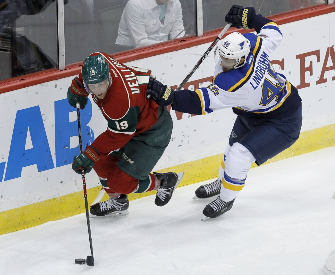 Blues recall Lindbohm; defenseman will play tonight