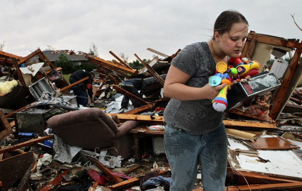 Oklahoma twister stirs memories of Joplin, 2 years ago