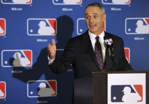 Manfred addresses key issues, expects Rose to be in All-Star events