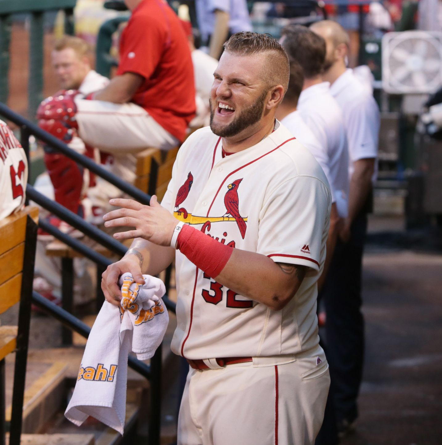 Adams gets a few swings at No. 3 in Cardinals lineup