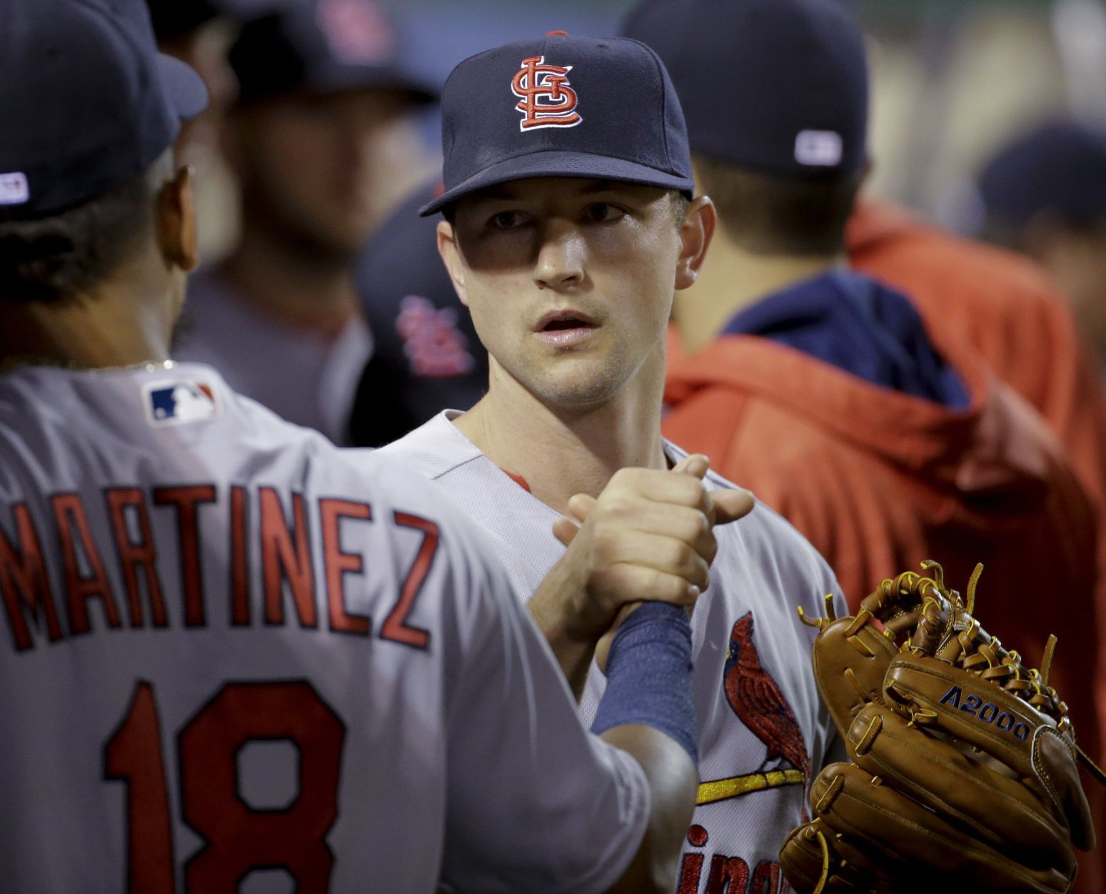 Leake earns first win with Cardinals