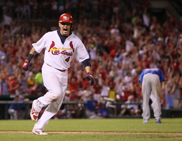 Molina homers, Cards win 4-1 against Cubs