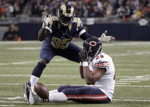 Rams roll to wild 42-21 win over Chicago