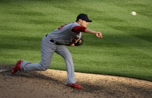 Cardinals roll; Giants top Reds again
