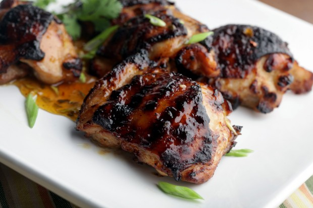 Chicken Thighs With Spicy Apricot Glaze : Lifestyles